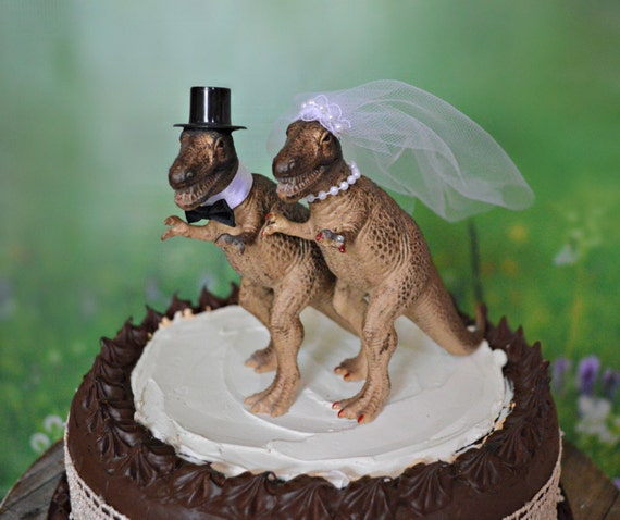 dinosaur wedding cake dinosaur t rex wedding cake topper and groom 13530