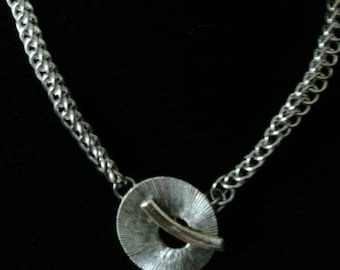 Halo clasp chainmaille necklace