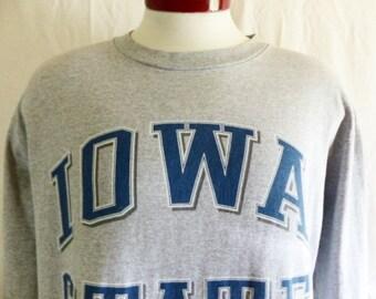 go Cyclones vintage 90's Iowa State University heather grey long sleeve graphic t-shirt navy blue white curve block letter logo large medium