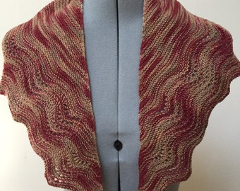 Shawlette wrap in rust with beige