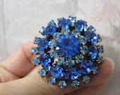 Vintage Cobalt Blue Round Brooch 1950, Brilliant, Shinny, Hollywood Regency, Traditional, Victorian, RosesAndButterlies, Statement Jewelry