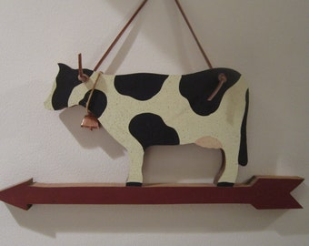 Vintage Wooden Cow Wall Plaque