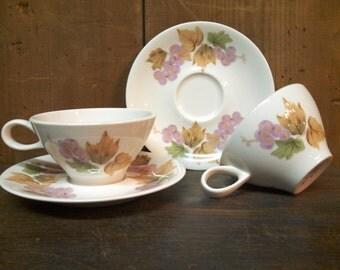Impromptu by Ben Seibal grape leaf teacups mcm vintage Iroquois