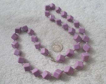 Very Chic Vintage Purple Lucite Cube Beaded Necklace-N1657