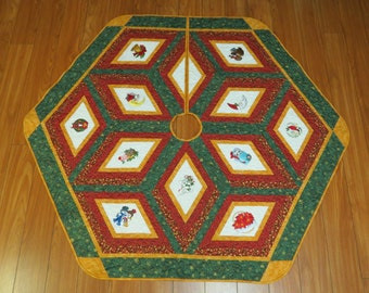 Embroidered Christmas Tree Skirt Quilt