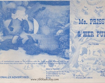 Ms Prissy and Her Pups Pattern - Ozark Crafts - R Helwig - Branson Missouri - Vintage Stuffed Dog and Puppy Pattern