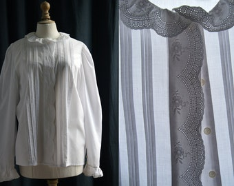 "White blouse, long sleeves, ""broderie anglaise"" Vintage 1970's"