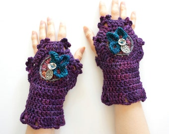 Hand Warmers: Purple Stained Glass hand warmers in hand painted merino wool, purple arm warmers, fingerless gloves, purple cuff,