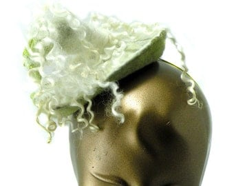 Sculptural Felt Hat for Wedding - Artistic Curly Fascinator in Ivory and Green - Wearable Art Headpiece - Unique Hat