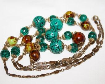 Vintage Bakelite Necklace, Marbled Green Brown Bakelite Bead Necklace, Carved Cinnabar Chunky 1940s Jewelry