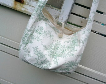 Totebag, shoulder shopping bag in a lovely Green and off white toile cotton, shoulder bag length handles, beach summer style for easy living