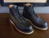 "EUROPEAN MARKET Red Wing Heritage 8130 Black Chrome Smooth Finish Leather 6"" Classic Moc Work Boots Size 8 D.  Made in USA."