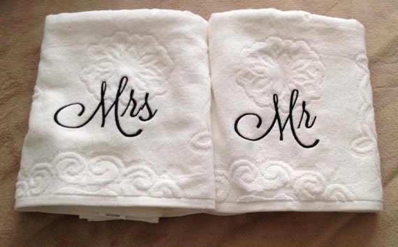 Mr and mrs towels set his and hers bath towel christmas for Mr and mrs spa