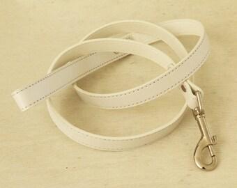 White dog Leash, Pet accessory, dog leash,  Dog Lovers, Dog Leash
