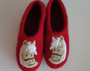 Children horses felt slippers