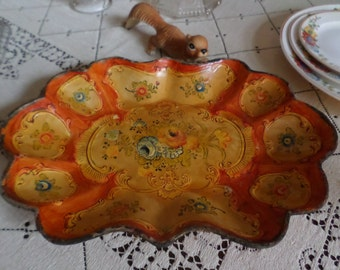 Gorgeous Vintage Paper Mache-Tole-Alcohol Proof-Scalloped Serving Tray-Red/Gold Ornate Floral Design
