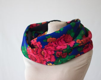 floral circle scarf, blue with shocking pink roses, dark blue infinity scarf, Russian shawl navy scarf, cobalt blue and pink, extra long 180