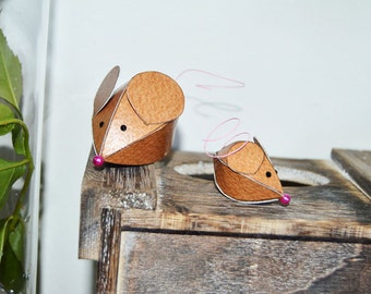 Two brown mice paper sculptures, mice sculptures, mouse figurine, mouse family, mother and baby, father and child
