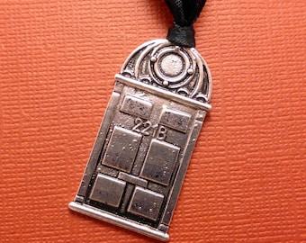 Sherlock Holmes Inspired - 221B Baker St Door - Ornament or Keychain