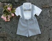 Gray ring bearer.Boys suspender suit.Grey shorts with suspenders.Boys wedding outfit.Boys beach wedding outfit.Baby boys wedding clothes.