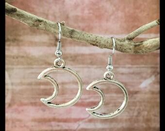 Crescent Moon Earrings (Big)