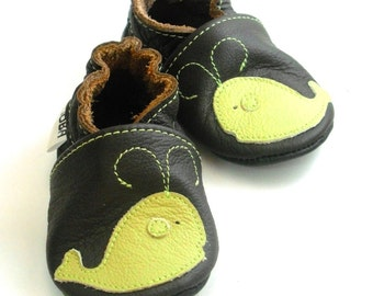 soft sole baby shoes handmade infant gift whale olive dark brown 6 12 Lederpuschen chaussons chaussurese garcon fille ebooba WH-4-DB-T-2