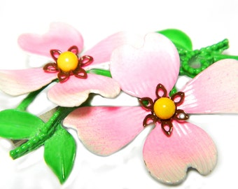 Pink Dogwood Blossom Enamel Pin Vintage Mid Century Flower Brooch Jewelry For Women Summer Pink Flower Pin Layered Enamel Brooch