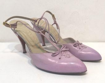 size 6/ 1950s lavender sandals