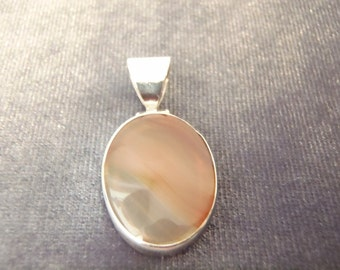Sterling Silver Oval Agate Pendant P60