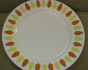 Tahoe Mayer China Diner Lunch Salad Plate 9 inch Restaurant Ware 1960s backstamp Tahoe pattern