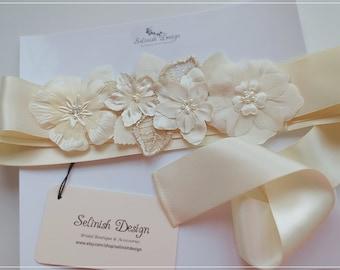 Champagne Sash,Flower Wedding Sash, Flower Sash, Bridal Sash, Cream ivory Sash Belt, Floral Sash, Dress Sash, Ivory Flower Belt- SB157beige