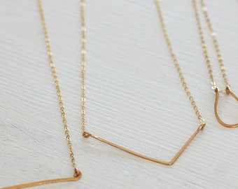 Gold Necklace, Gold Triangle Necklace, Delicate Gold Necklace, Gold Layering Necklace, tiny Gold Necklace, Simple Gold Triangle Necklace
