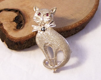 Vintage Brushed Silver Cat Brooch, Cat Brooch, Silver Cat Brooch, Cat Pin, Silver Marcasite Brooch, Feline Pin,Marcasite Cat