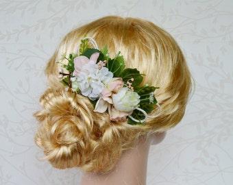 Rustic hair comb, Bridal hairpiece, Flower headpiece, Peach Wedding Hair Accessories, Cream bridal hairpiece, Floral hairpiece