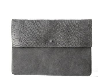 Laptop sleeve dark GREY python print leather