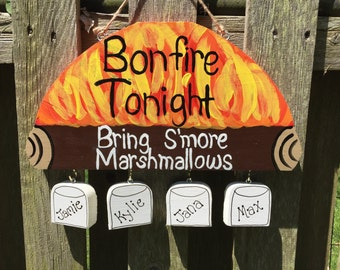 Bonfire firepit sign with personalized marshmallows