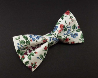 Clip on floral bow tie – white and pink roses delicate flower print cotton – womens or mens – wedding bowtie