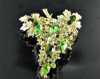 Green marquis rhinestone brooch pin Grapes BLING broach high end jewelry