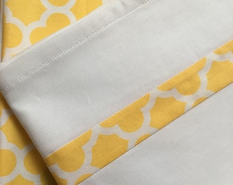 Quarterfoil Duvet Cover in Yellow - Custom duvet Blanket Comforter Choose size Toddler Crib Dorm Twin - Full - Queen - King - custom made