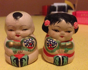 Pair of Small Vintage Chinese or Japanese Children Ornaments, babies
