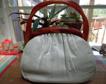 Vintage Hand Bag White Faux Leather with Marbled Plastic Clasping Handles