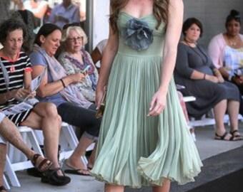 Vintage dress by Esther Pomerantz Fashions. Mint green dress. Silk dress