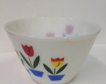 Beautiful large vintage Fire King mixing bowl