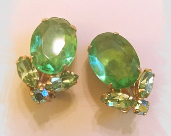 Beautiful JULIANA-STYLE Clip-On Vintage EARRINGS
