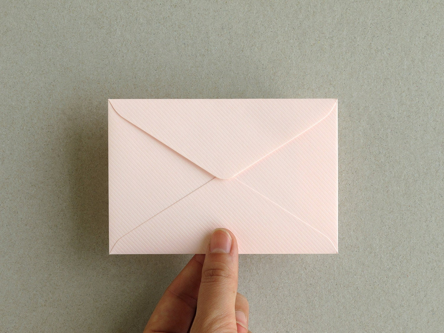 50 Pink Business Card Envelopes made of ribbed paper Size