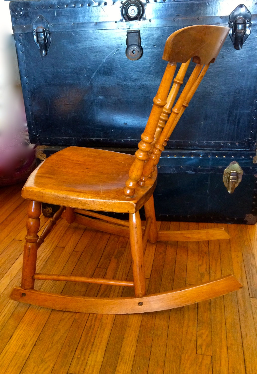 antique armless rocker wooden rocking chair sewing chair nursery rocking chair child s rocker. Black Bedroom Furniture Sets. Home Design Ideas