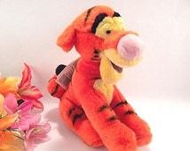 "Tigger 9""  Plush Stuffed Animal  Bean Bag Orange Tiger Walt Disney World Souvenir Toy with Hang Tag Collectible Disneyana"