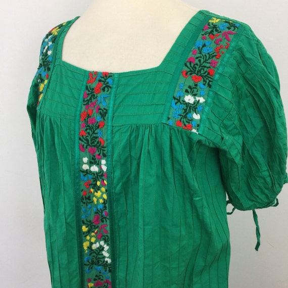 Mexican embroidered dress grass green cotton rainbow embroidery striped summer boho hippy tunic embroidery flowery traditional UK 12 kelly