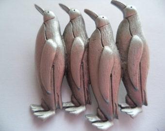 Vintage Signed JJ Silver pewter Emperor Penguins Brooch/Pin