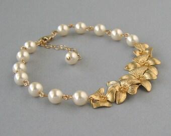 Genuine Swarovski, Cream Pearl Bracelet, Gold Plated Orchids, Gold Filled, Bridal Ivory Swarovski Pearl Bracelet, Bridesmaid Gift - DK525
